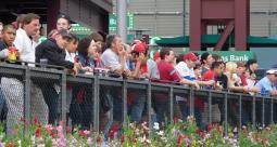 Citizens Bank Park crowd